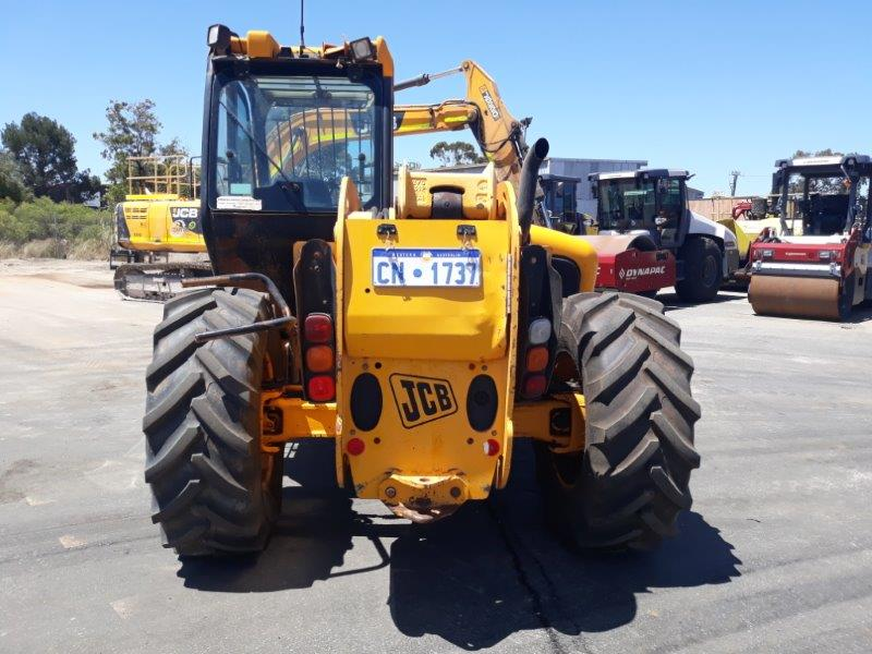 Telehandler For Sale JCB 530-70 Behind