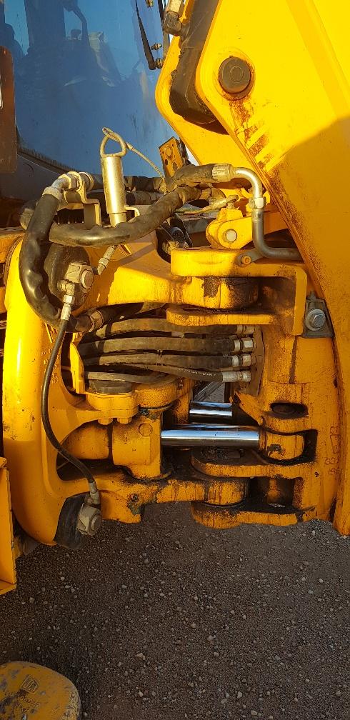 Pivot Joint ROAD RUNNER JCB 3CX BACKHOE