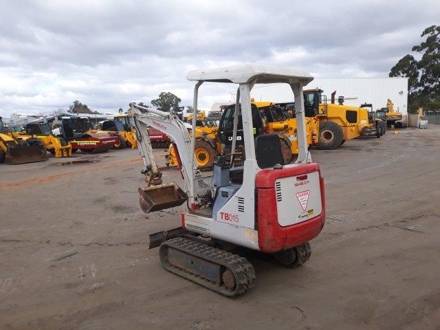 TAKEUCHI EXCAVATOR FOR SALE